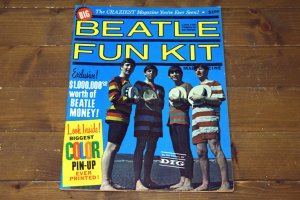 1964 THE BEATLES/ビートルズ (コレクターズアイテム) BEATLE FUN KIT ヴィンテージ雑誌