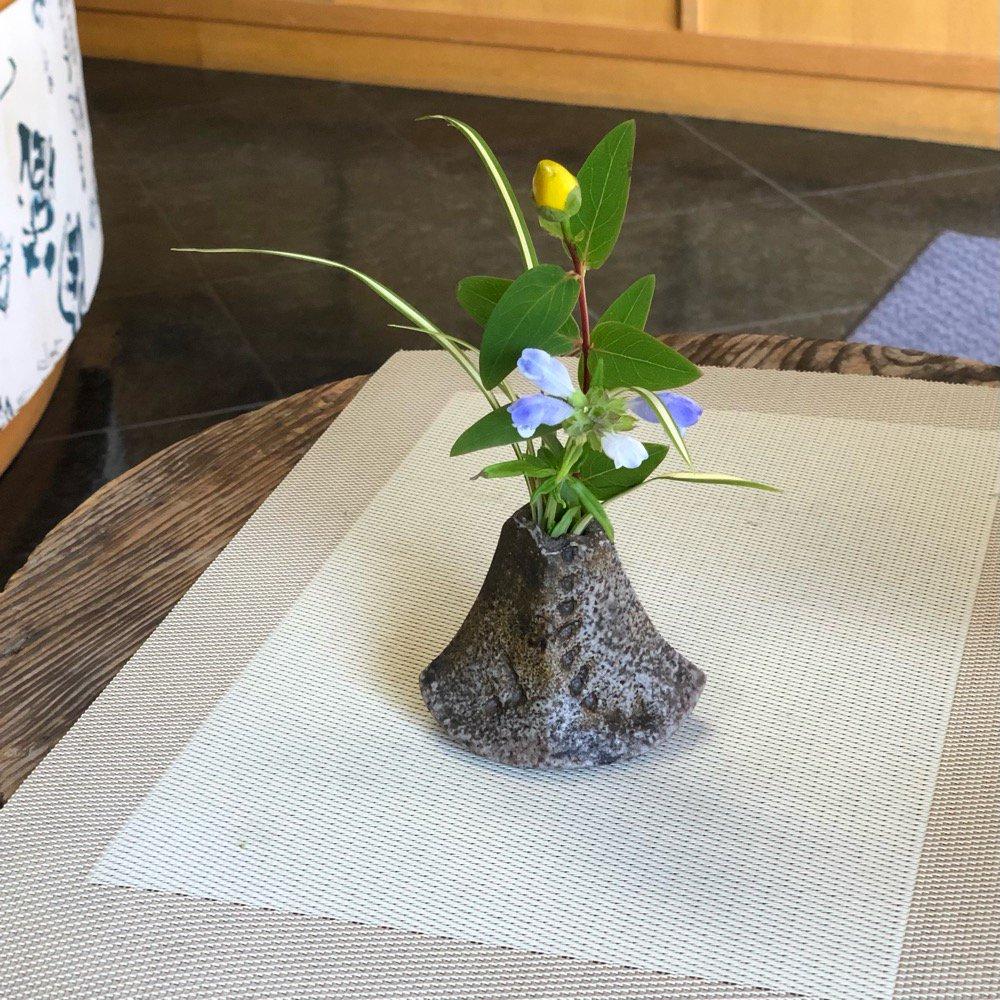 ミニ花瓶 スナフキンの帽子の短いやつ