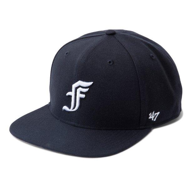 "4F ""BLACK F"" SNAPBACK CAP [4F ""ブラック エフ"" スナップバック キャップ]"