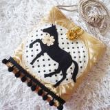 馬のキラポシェット・黒