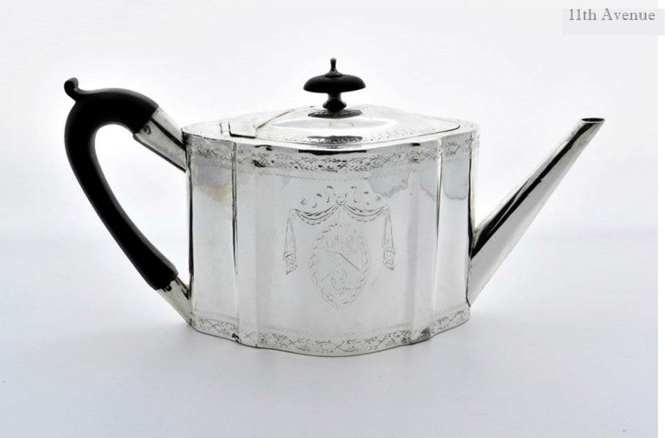トーマス・ヘミング【イギリス】 純銀ティーポット 1787年