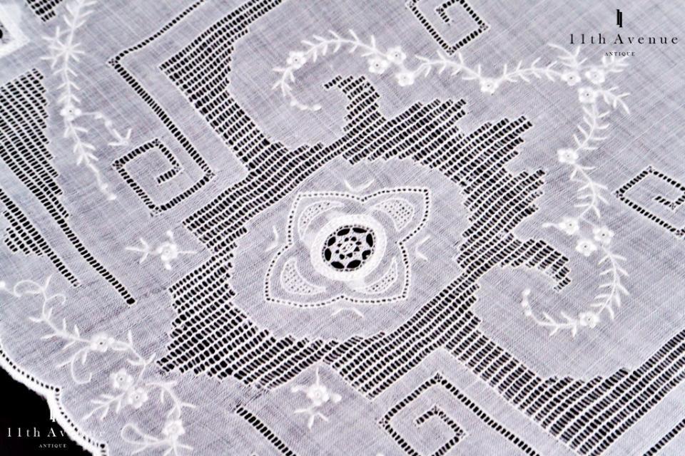 イギリス【アンティーク】ドロンワークのテーブルマット