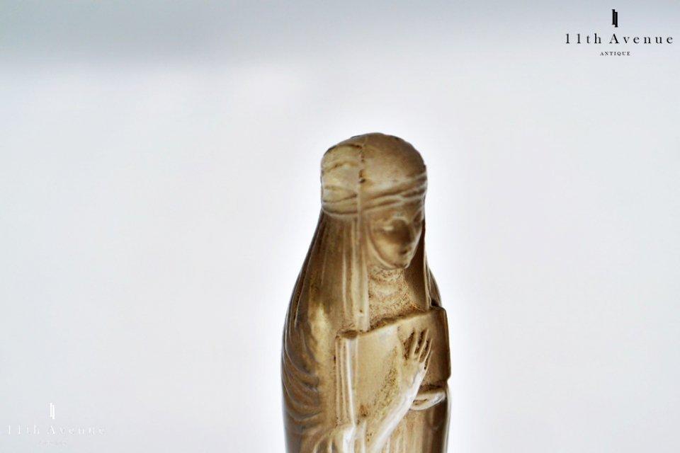 ルネ・ラリック【フランス】 「Cros Sainte-Odile」(聖オディール) トレイ