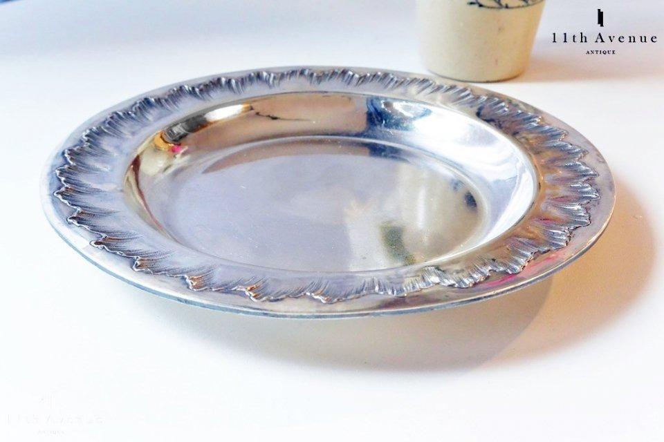 J. Granvigne【フランス】 ルイ15世様式純銀製プレート
