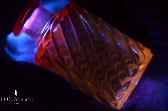 バカラ【フランス】 「BAMBOU TORS」 香水瓶