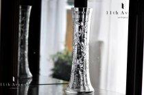 バカラ【フランス】タイユグラヴィール装飾ローリエ文花瓶
