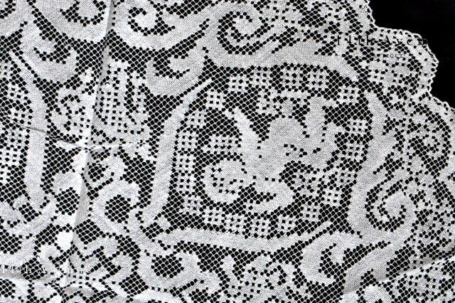 フィレレース【ヴィンテージ】天使のテーブルマット