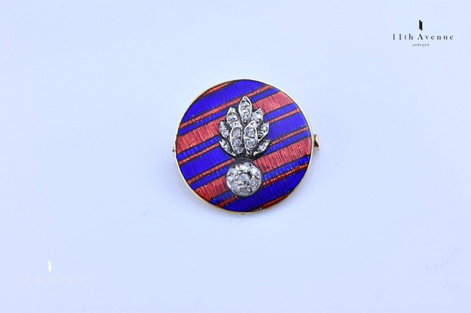 イギリス【アンティーク】グレナディアガーズ ダイヤモンド&エナメルブローチ 14金