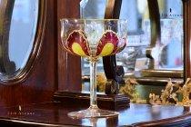 ボヘミア【アンティーク】エナメル彩大型クープグラス
