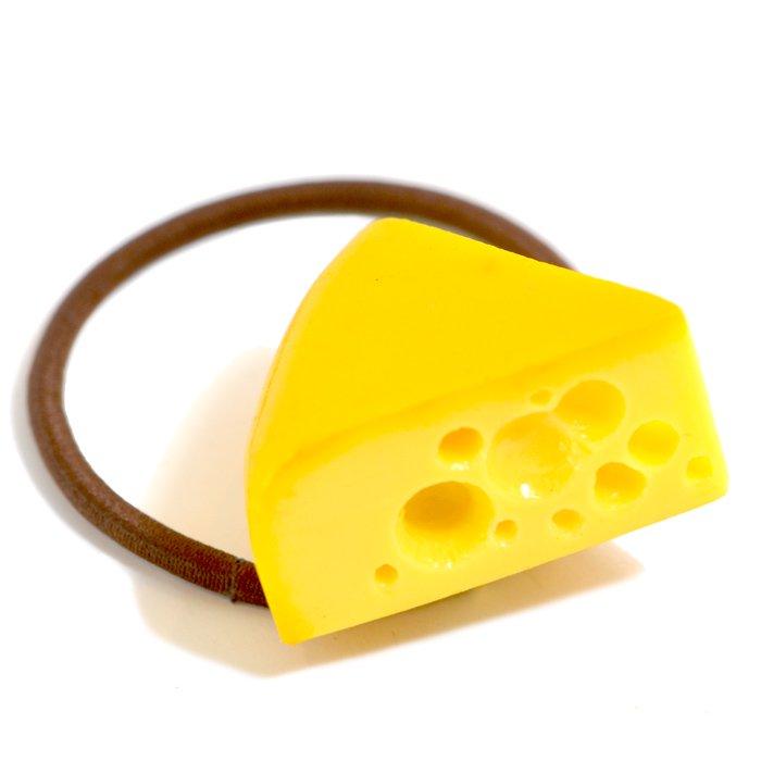 穴あきチーズのヘアゴム