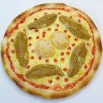 ホタテとうにのピザ
