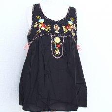 衣料  エスニック 刺繍タンクトップ(ブラック)