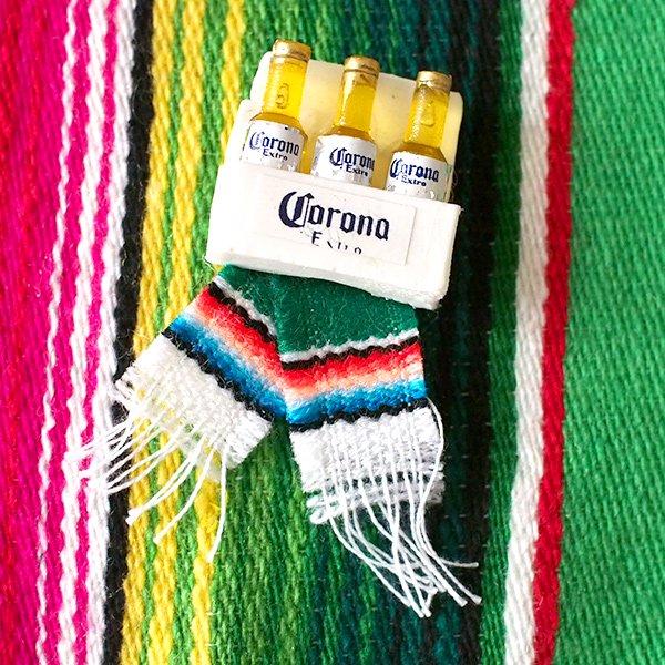 メキシコ ミニCORONAのマグネット(サラペ付き)【画像4】