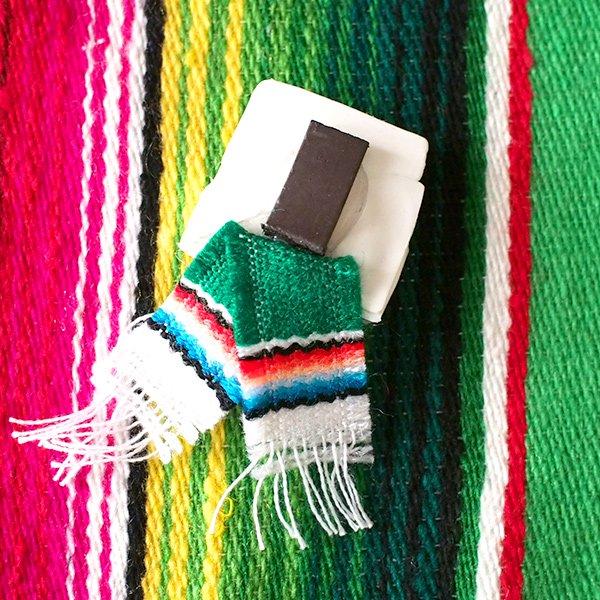 メキシコ ミニCORONAのマグネット(サラペ付き)【画像6】