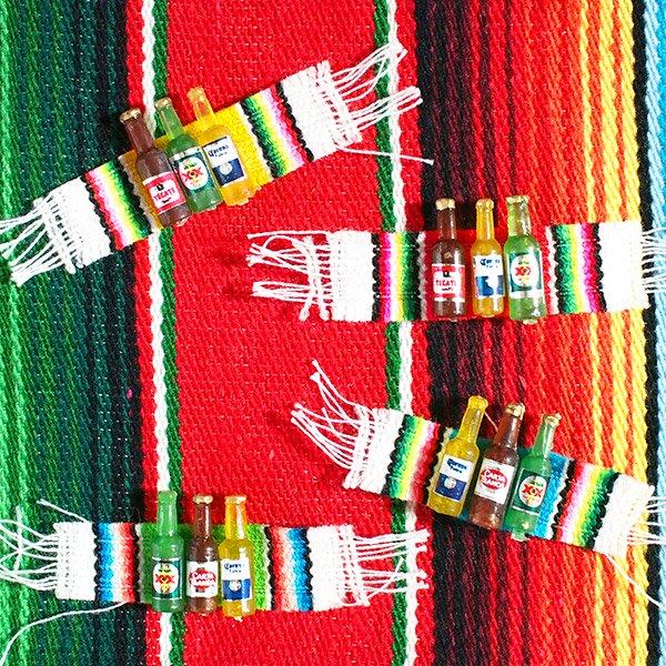 メキシコ ミニミニボトルマグネット(サラペ付き 4色)【画像2】