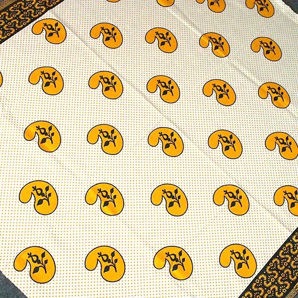 アフリカン プリント布 キテンゲ 105×100 カットオフ(カシューナッツがいっぱい)【画像3】