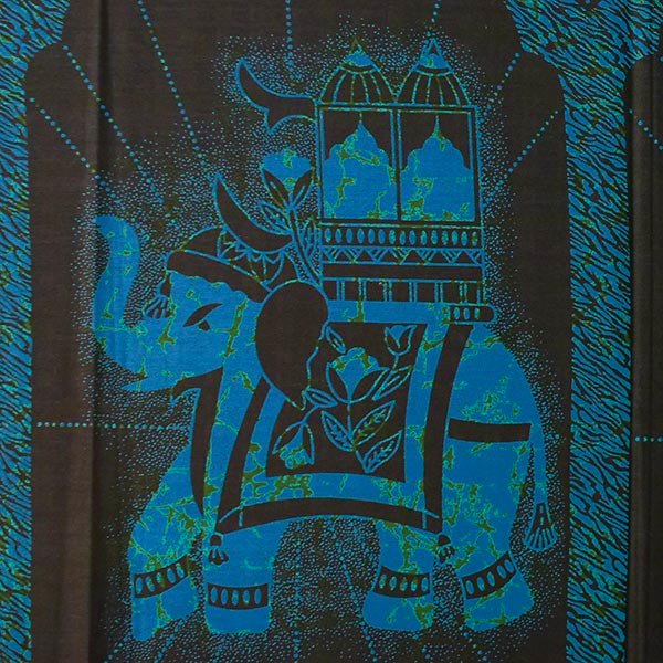 アフリカン プリント布 キテンゲ 105×100 カットオフ(国王の乗り物)