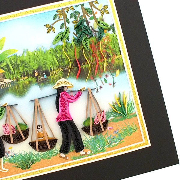 ベトナム クイリング (天秤棒で蓮を摘む女性)