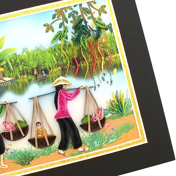 ベトナム クイリングアート 【Quilling art】12×17 天秤棒で蓮を摘む女性 【画像3】