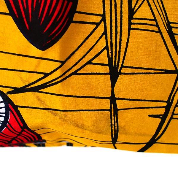 マリ 足踏みミシンで仕立てた パーニュ 巾着 エコ ショルダーバッグ(キノコ)【画像3】
