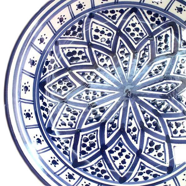 チュニジア SLAMA製 手描き 皿(ブルー 20cm)【画像2】