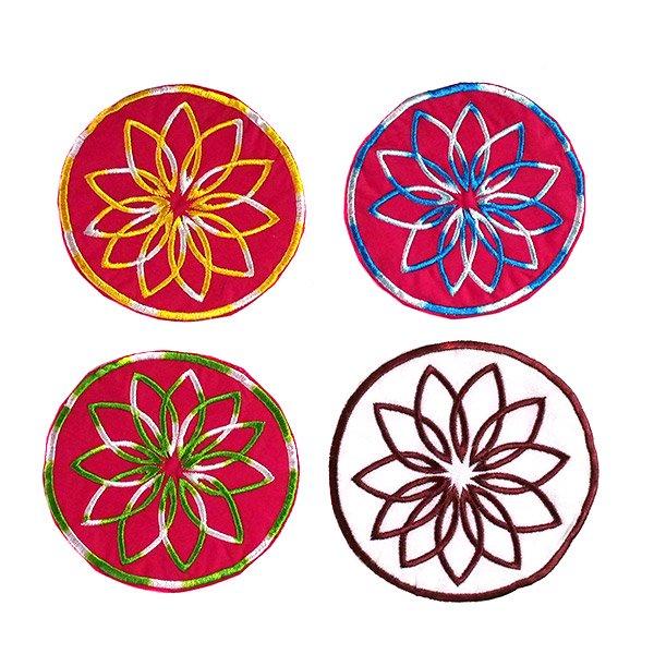 ベトナム 刺繍コースター(ピンク・ホワイト)