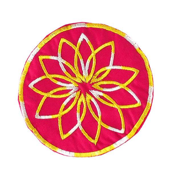 ベトナム 刺繍コースター(ピンク・ホワイト)【画像2】
