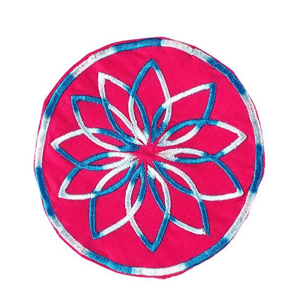 ベトナム 刺繍コースター(ピンク・ホワイト)【画像3】