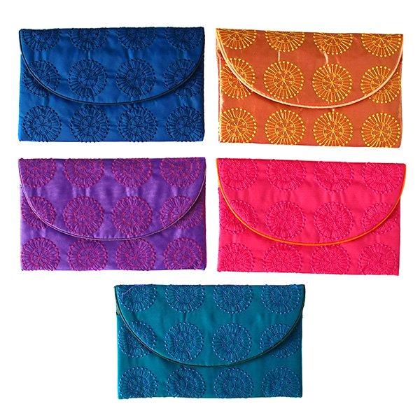ベトナム 刺繍ポーチ 財布(シルク 模様)