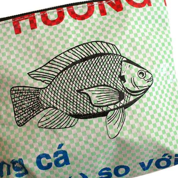 ベトナム 飼料袋 リメイク ポーチ(魚)【画像3】