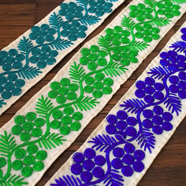 インド チロリアンテープ 花と草 刺繍 3色(幅6cm/1m単位売り)【画像7】