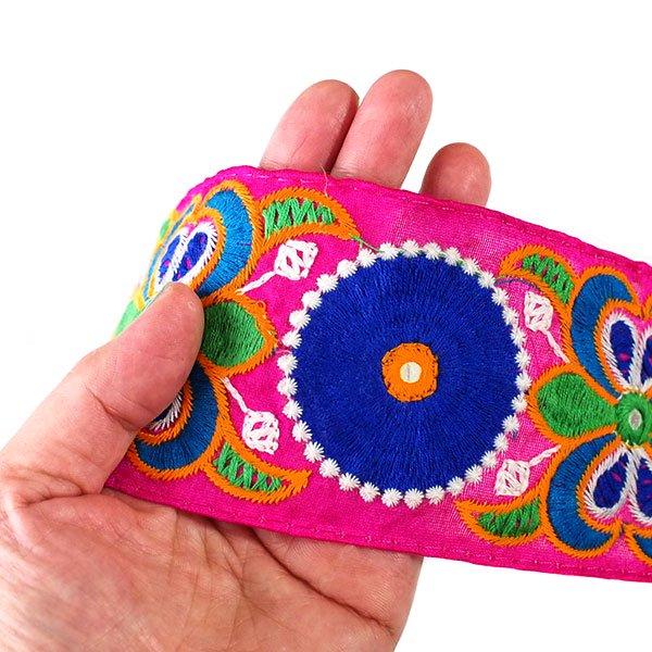 インド チロリアンテープ  ミラーワーク 刺繍 3色 (幅7cm/1m単位売り)【画像6】
