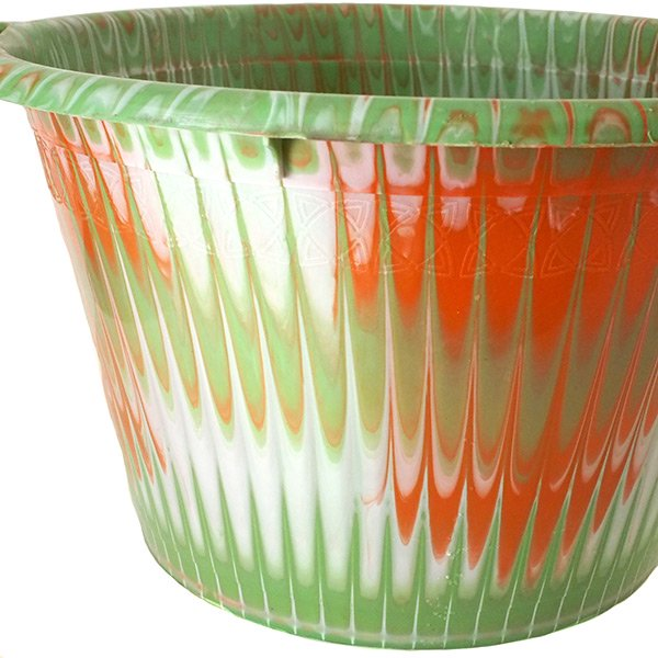 セネガル プラスチック持ち手付きの桶(キミドリ 12リットル)【画像2】