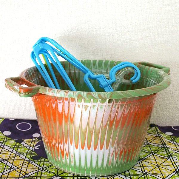 セネガル プラスチック持ち手付きの桶(キミドリ 12リットル)【画像5】