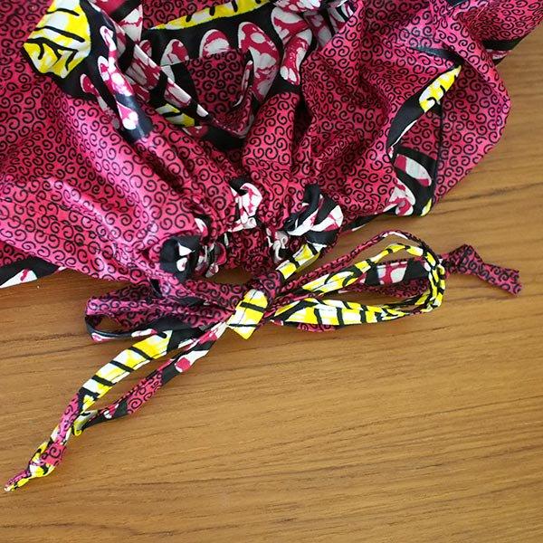 マリ 足踏みミシンで仕立てた パーニュ 巾着 エコバッグ(アコーディオン)【画像5】