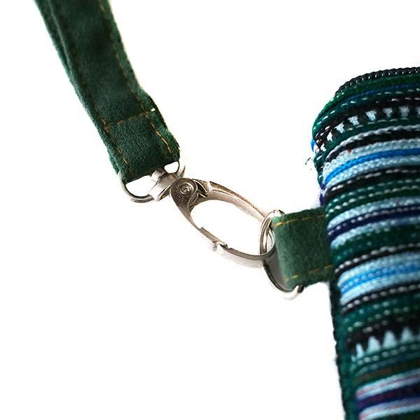 ベトナム 少数民族 モン族 刺繍 クラッチバッグ(タッセル付き グリーン)【画像5】