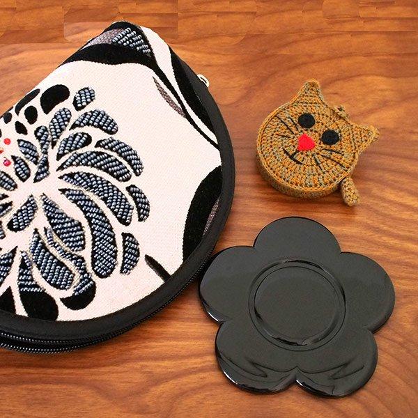 ベトナム  花刺繍 ビーズ ポーチ