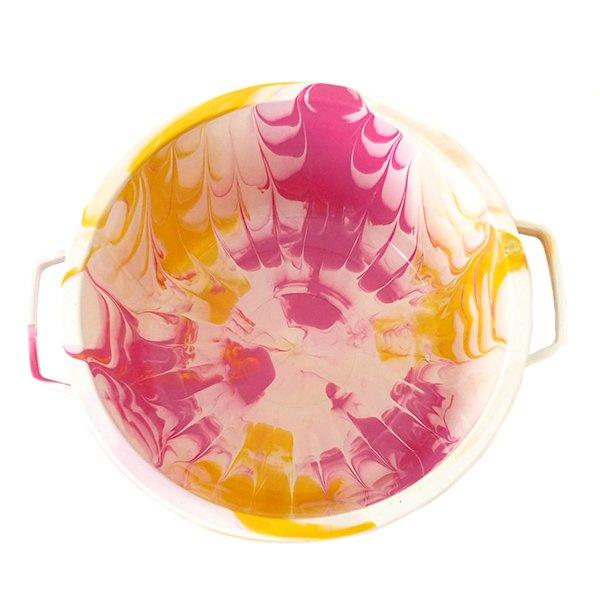 セネガル プラスチック蓋付きの桶(直径 30cm ピンク)【画像3】