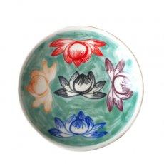 ベトナム バッチャン焼き 手描き 蓮  カラフル 小皿