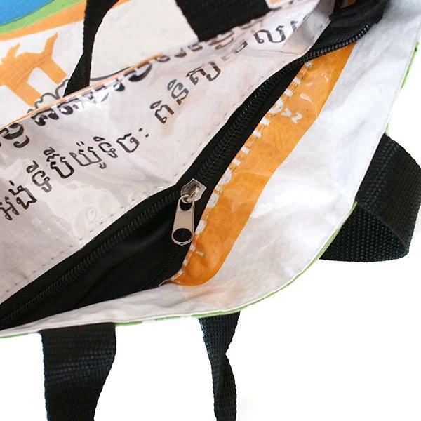 ベトナム 飼料袋 リメイク バッグ(マチ付き ニワトリ 小)【画像5】