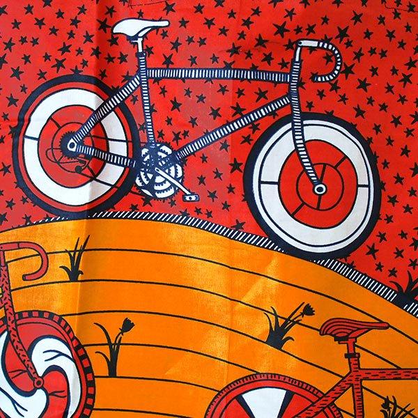 マリ 足踏みミシンで仕立てた パーニュ 巾着 エコバッグ(自転車 オレンジ)【画像2】