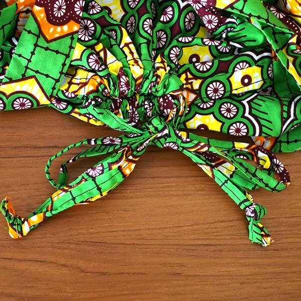マリ 足踏みミシンで仕立てた パーニュ 巾着 エコバッグ(丸模様 グリーン)【画像3】