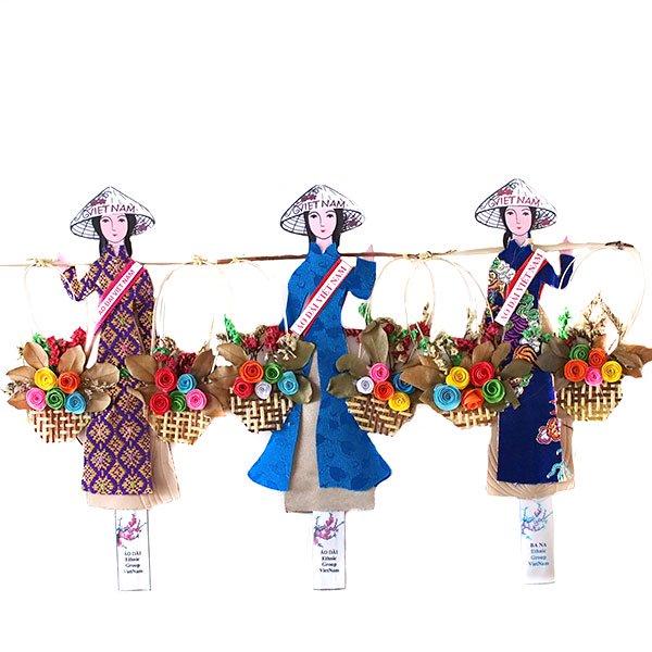 ベトナム しおり(アオザイ 天秤棒と花 2)
