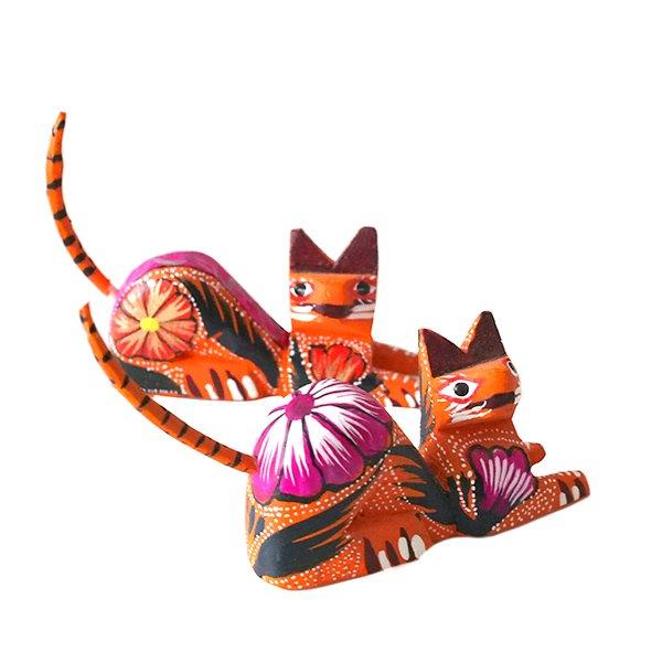 メキシコ ウッドカービング アレブリヘス(ネコ オレンジ 2)