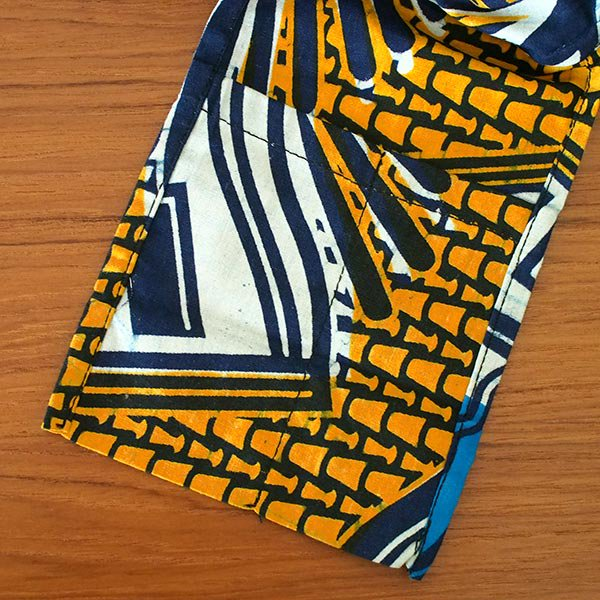 マリ 足踏みミシンで仕立てた パーニュ 巾着 エコバッグ(オレンジ カメラ)【画像4】