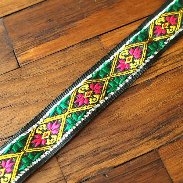 ベトナム チロリアンテープ 刺繍 ブラック(幅2cm/1m単位売り)【画像4】