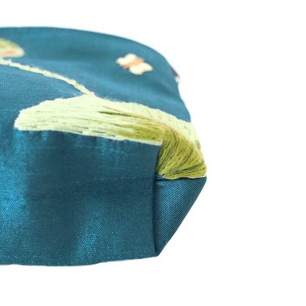 ベトナム 蓮の花(ロータス)刺繍 ポーチ(ビーズ付き ブルーグリーン)【画像6】