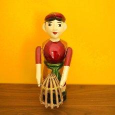 水上人形劇 ベトナム 水上人形劇 木の人形(カゴを持つ人  大)