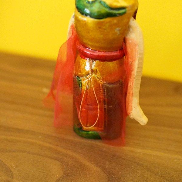 ベトナム 水上人形劇 木の人形(マントを広げる女性   小)【画像4】