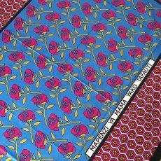 アフリカンプリント 布 アフリカ ケニア カンガ プリント布 110x150(薔薇 ブルー 日本語訳不明)